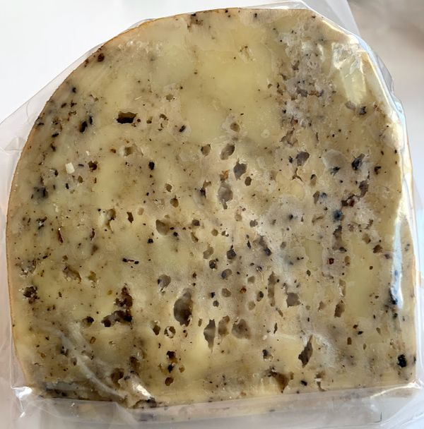 Baraka Farm Black Pepper Cheese (500 grams)